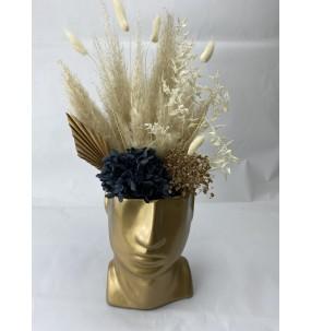 Vase de fleurs séchées